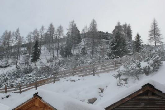 Dem Saisonstart steht in Obertauern aktuell nichts mehr im Wege, der Neuschnee bringt verfrühte Winterstimmung