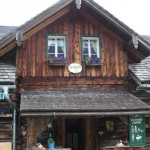 Die Weissenhof Almhütte auf der Gnadenalm
